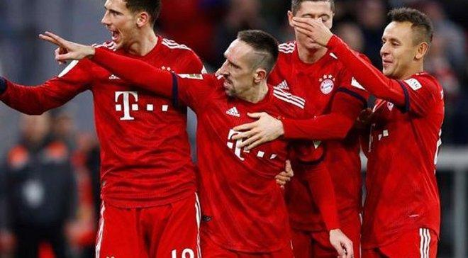 Бавария удивила формой на следующий сезон – на футболках появились геометрические фигуры