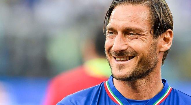 Тотти умеет мстить: Франческо в мини-футбольном матче наказал соперника за пижонство классным голом