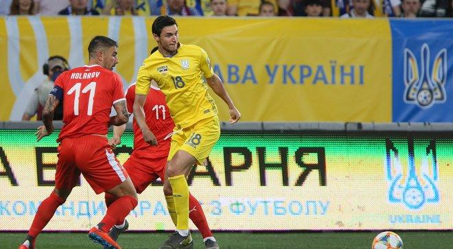 Отец Яремчука не смог сдержать слез после дебютного гола Романа за сборную Украины – трогательное видео