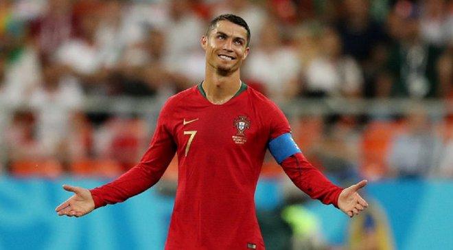 Роналду зупинив автобус португальців, щоб обійняти хлопчика, хворого на лейкемію – зворушливе відео