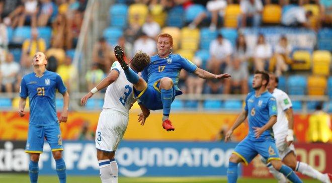 Конопля поскаржився на ганебну поведінку гравців збірної Італії – суддя не карав їх за відверте хамство