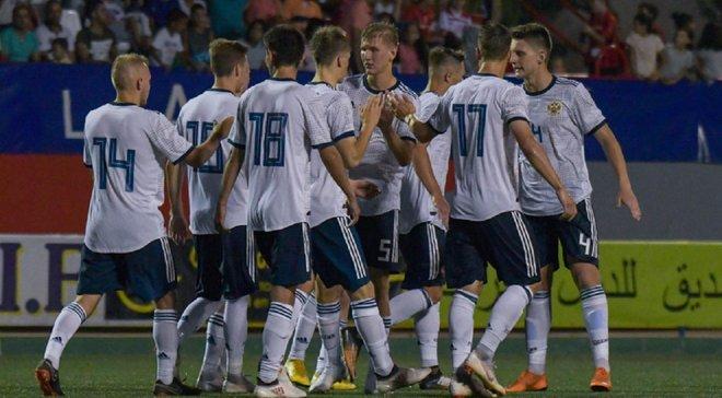Поки Україна U-20 виходила у фінал ЧС, Росія U-20 пропустила гол від воротаря з чужої половини поля – курйозне відео