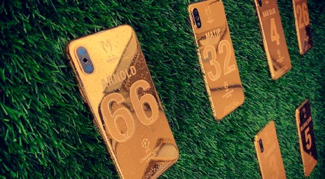 Игроки Ливерпуля получили роскошные золотые iPhone XS за победу в Лиге чемпионов