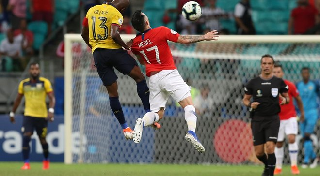 Неймовірний гол Алексіса Санчеса в огляді переможного матчу Чилі проти Еквадора