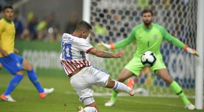 Незабитий вирішальний пенальті Дерліса у відеоогляді матчу Бразилія – Парагвай – 0:0 (4:3 пен)