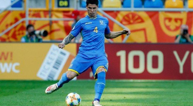 Попов сделал татуировку в честь победы сборной Украины U-20 на чемпионате мира