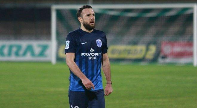 Богданов продлил контракт с Десной