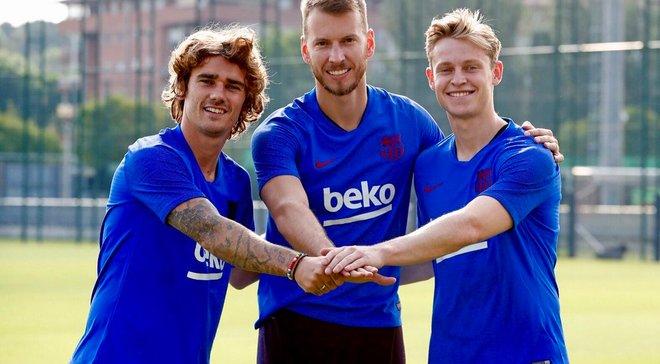 """Игроки Барселоны """"отлупили"""" Гризманна во время первой тренировки француза"""