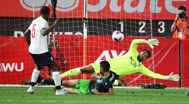 Ліверпуль і Спортінг розійшлися результативною нічиєю у товариському матчі