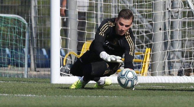 Лунін не отримав місця в заявці Реала на спаринг проти Роми – українця замінив маловідомий юніор