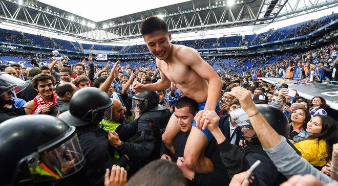 """На шляху Зорі до Ліги Європи – китайський феномен: його популярність """"вбиває"""" комп'ютери та затьмарює Ель Класіко"""