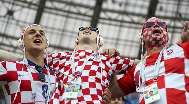 Хорватские болельщики спели колыбельную для маленькой словацкой девочки – самое милое видео дня