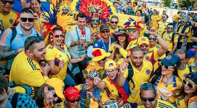 Колумбийские фанаты устроили массовую драку с мачете и ножами прямо посреди улицы