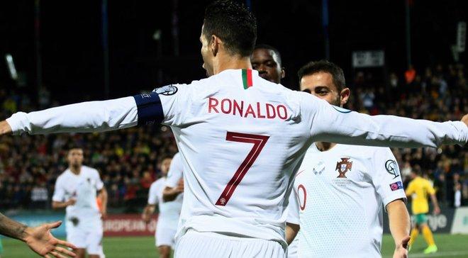 Дети Роналду трогательно отпраздновали гол отца в матче против Литвы