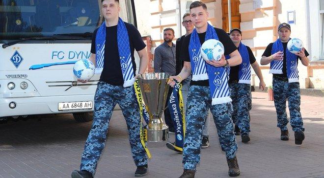 Гравці Динамо відвідали звільнених із полону військових моряків
