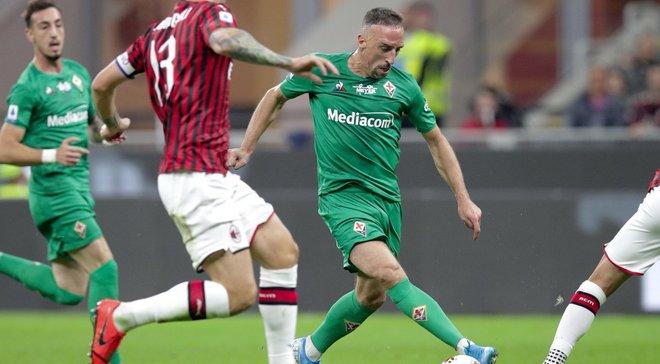 Милан в меньшинстве уступил Фиорентине, Лацио разгромил Дженоа: 6-й тур Серии А, матчи воскресенья