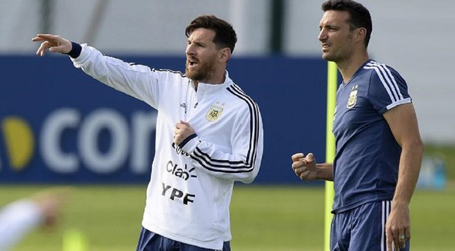 Тренер Аргентины рассказал, когда Месси и Агуэро вернутся в сборную