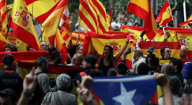 Барселона поддержала осужденных организаторов референдума о независимости Каталонии