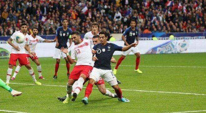 Міністр спорту Франції вимагає від УЄФА покарати збірну Туреччини