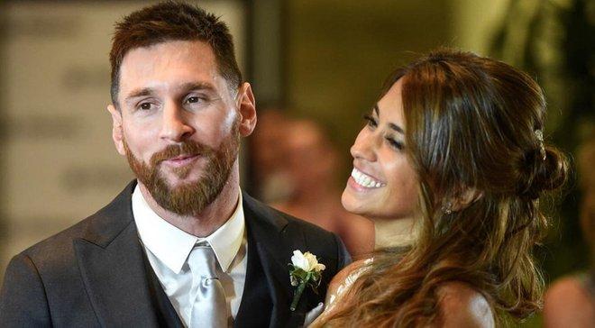 Месси опубликовал ретро-фото с будущей женой – милость дня