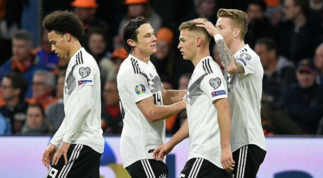 Збірна Німеччини може виступити на Євро-2020 у формі зі смугами