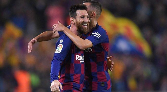 Главные новости футбола 29 октября: Барселона феерично вернула лидерство в Ла Лиге, соперник Динамо сменил тренера