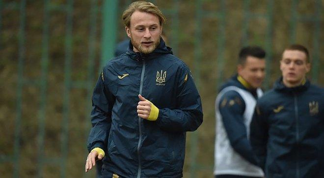 Шевченко довикликав Безуса на найближчі матчі збірної України