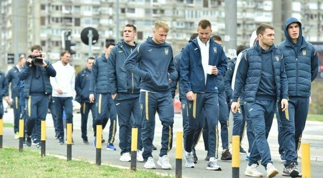 """Архаїчна """"Маракана"""", знайома сірість і тінь Путіна – (не)футбольний Белград за один день неозброєним оком"""