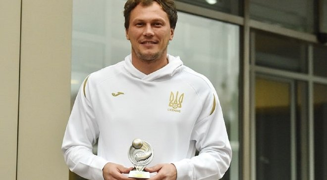 """Два українці потрапили до топ-100 найкращих гравців рейтингу УЄФА – майбутні суперники """"синьо-жовтих"""" у трійці"""