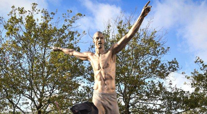 Фанати Мальме звинуватили Ібрагімовіча у зраді – скандальний форвард придбав інший шведський клуб