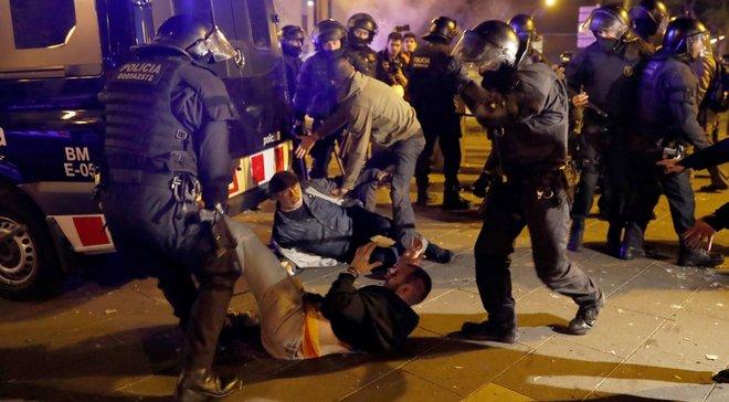 Барселона – Реал: более 50 человек пострадали в результате беспорядков возле Камп Ноу
