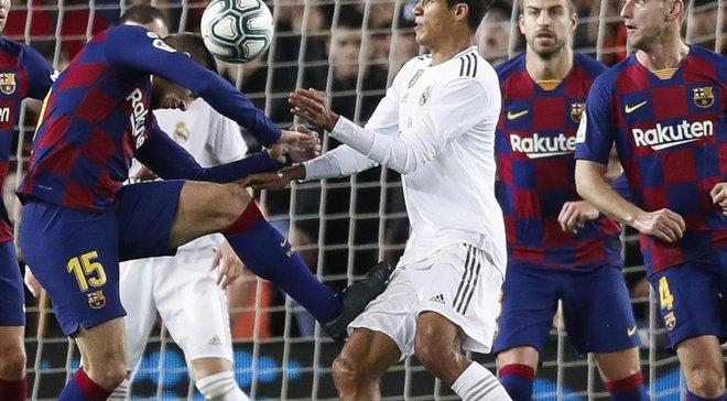 Варан показал избитое бедро после удара Лангле, который тянул на пенальти – Реал возмущен