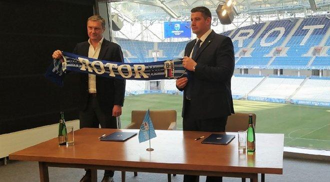 Хацкевич после увольнения из Динамо возглавил российский клуб