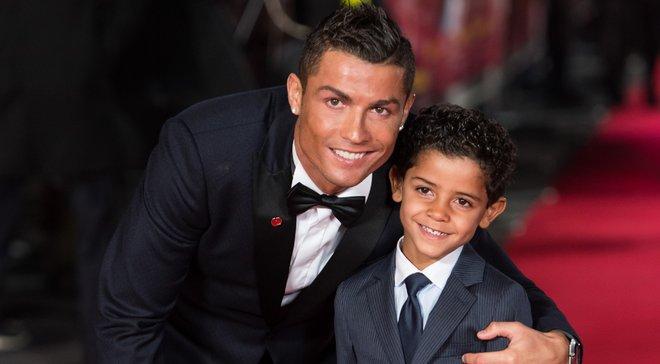 Роналду-молодший хоче зіграти з батьком в одній команді – це може вплинути на кар'єру форварда Ювентуса