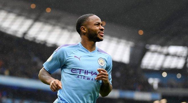Фанат Манчестер Сити получил строгое наказание за расистские оскорбления в адрес Стерлинга