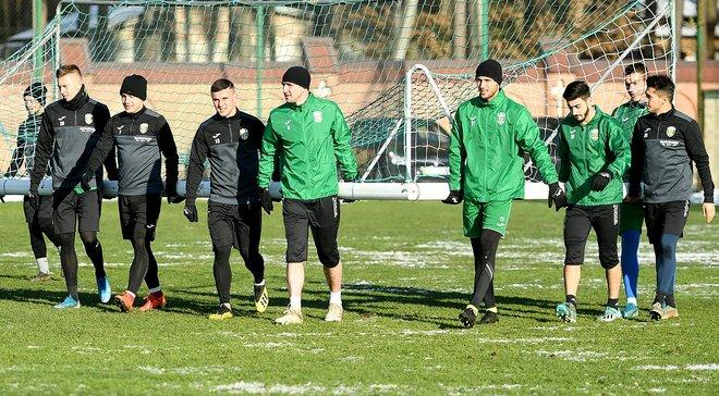 Игроки Карпат требуют от клуба зарплату за два месяца – тренировочный сбор в Турции могут отменить
