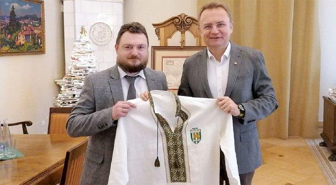 Садовой встретился с руководством Карпат