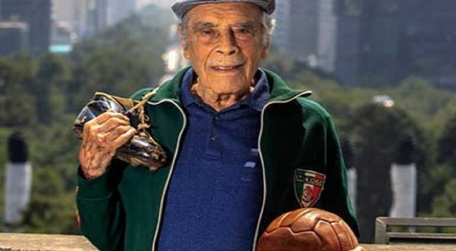 Помер легендарний мексиканський тренер Трельєс – за його спиною більше тисячі матчів